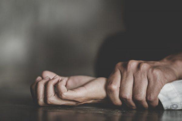 ปัญหาภรรยาถูกสามีข่มขืน และบางคนอาจเกิดความเข้าใจผิดว่า ตนเองผู้ซึ่งเป็นภรรยานั้นไม่สามารถเอาผิดทางกฎหมายกับสามีเมื่อถูกข่มขืนได้ 60min