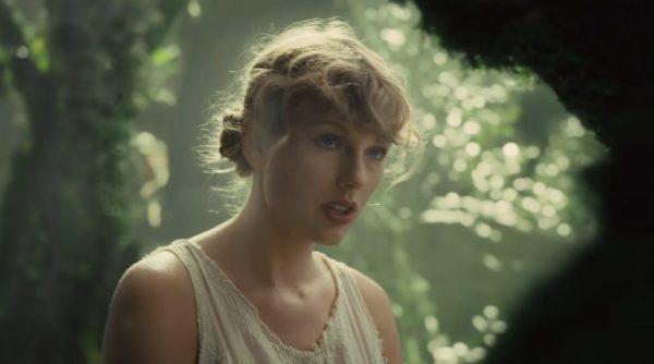 Taylor Swift นักร้องสาวผู้ทำผลงานเพลง2021 นักร้องสาวสวยสัญชาติอเมริกา การันตีด้วยรางวัลทรงคุณค่ามากมาย นักร้องสาวรณรงค์ให้ใช้สิทธิ์ออกเสียง Remove term: เพลงสไตล์ Country เพลงสไตล์ CountryRemove term: Taylor Swift Taylor SwiftRemove term: Taylor Swiftผลงานเพลง2021 Taylor Swiftผลงานเพลง2021Remove term: right where you left me right where you left meRemove term: willow willowRemove term: Cardigan CardiganRemove term: NetflixTaylor Swift NetflixTaylor Swift 60min